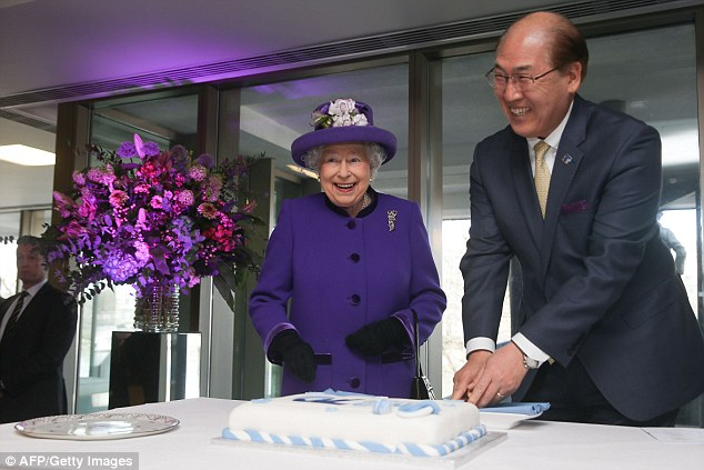 The Queen visits the International Maritime Organisation Headquarters
