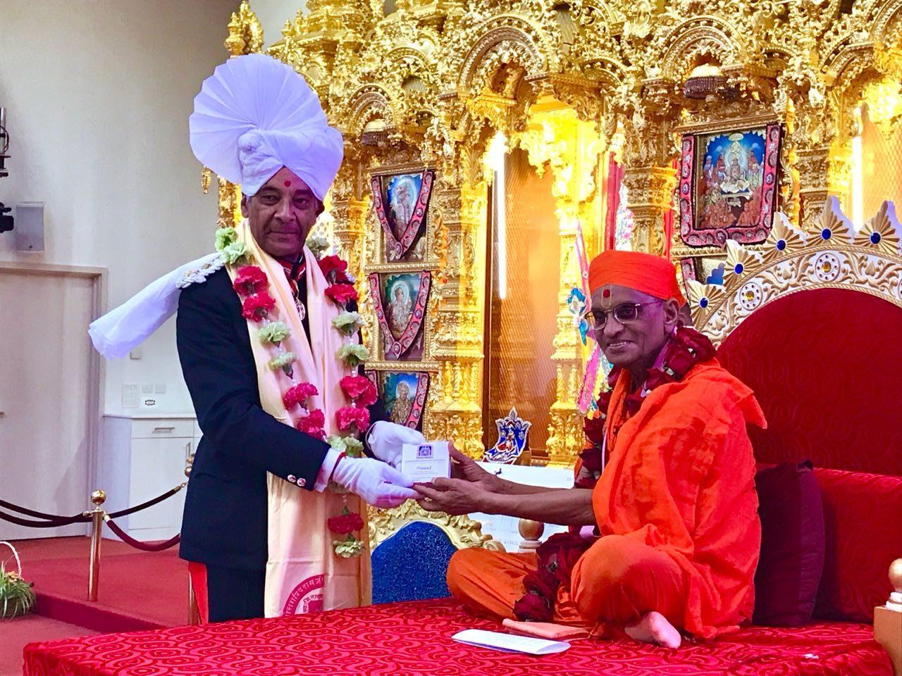 Sir Kenneth Olisa OBE met the global spiritual leader Acharya Swamishree Maharaj