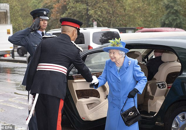 Her Majesty the Queen opened the new Wing of the Royal Air Force Club.