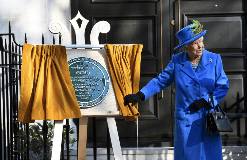 The Queen visits GCHQ