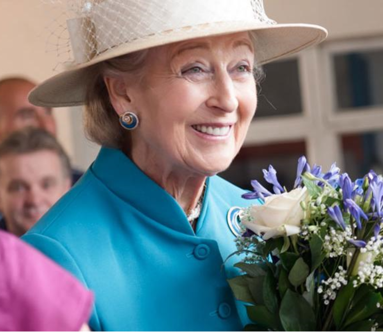 Princess Alexandra opens the final phase of the New Victoria Hospital